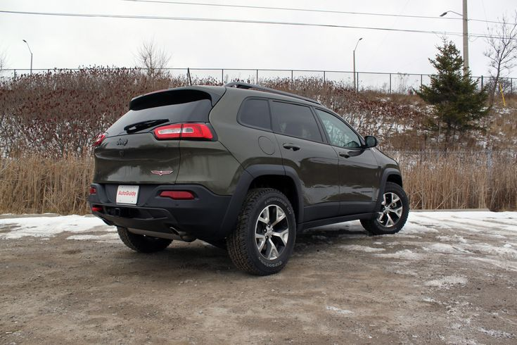 2016 Jeep Cherokee Trailhawk Review - AutoGuide.com News