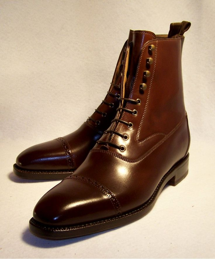 Need these for the fall. Dress boots give such a nice look to a suit whether they're this tall or a pair of the shorter ones.