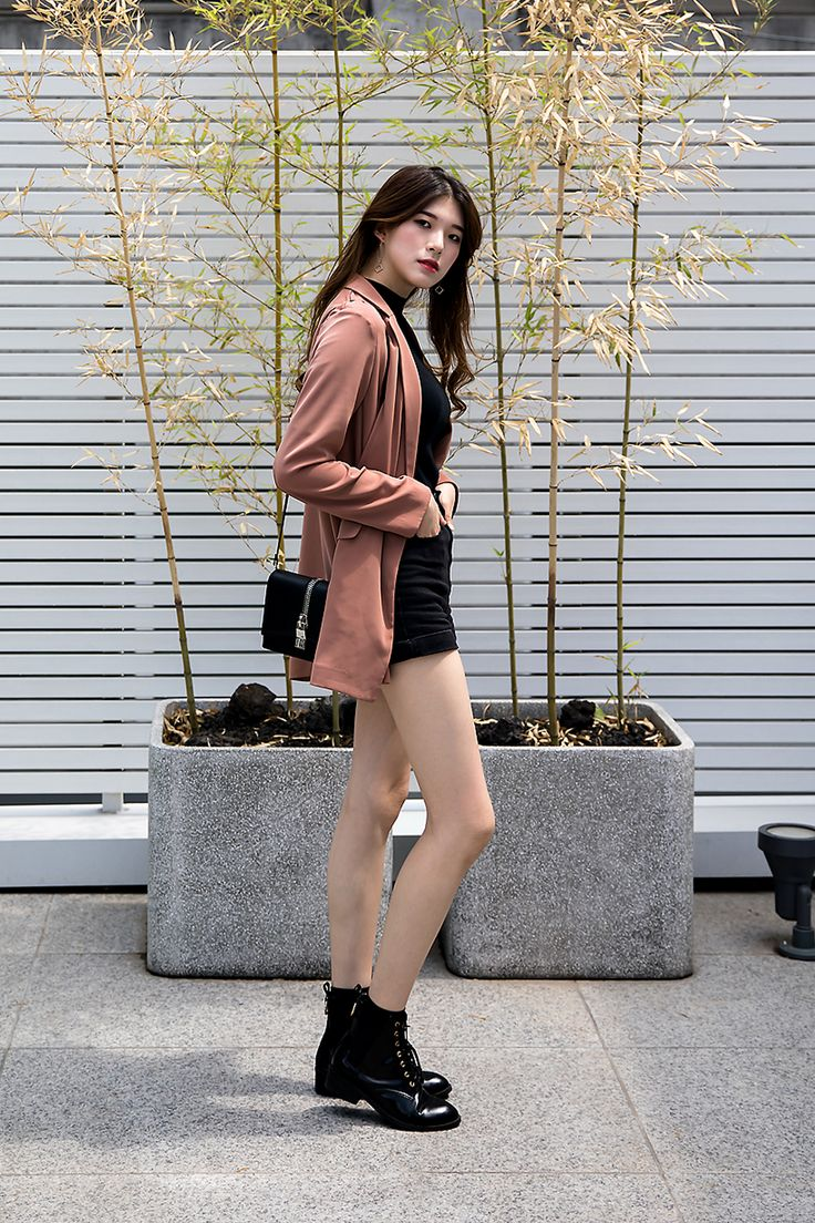 JACKET   #UNIQLO BAG   #CHARLESANDKEITH SHOES   #JINNYKIM Lee Soobin, Street Fashion 2017 in Seoul