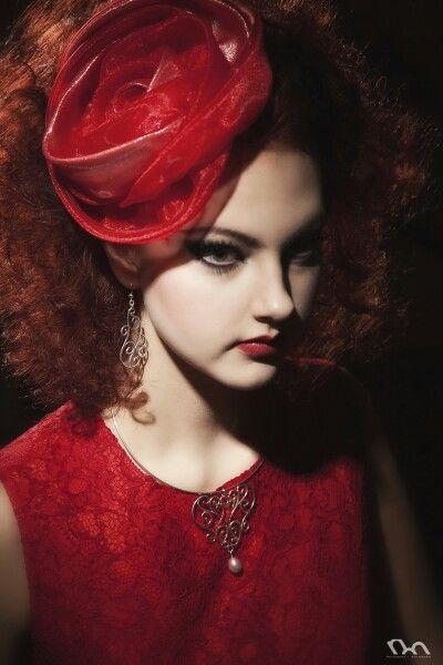 Carla pendant and earrings. Photo: Nina Maaninka Dress: Sinikka Nikander Ateljee Pitsikukka Model:Minea