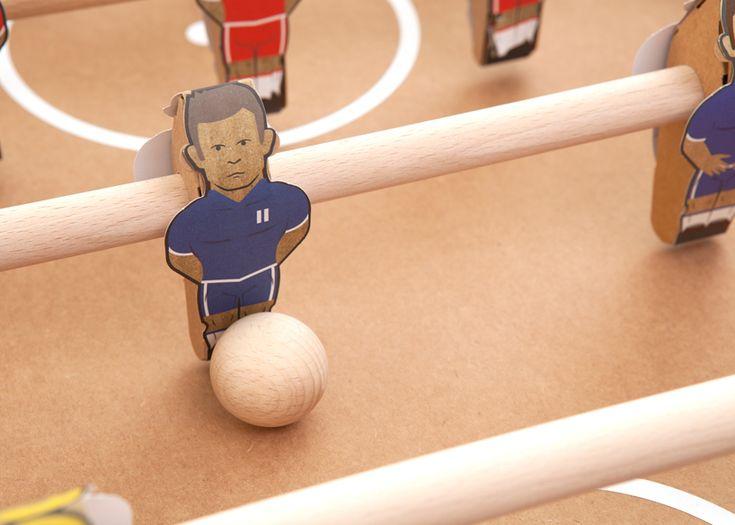CJWHO ™ (kartoni 'cardboard foosball table' by kickpack by...)