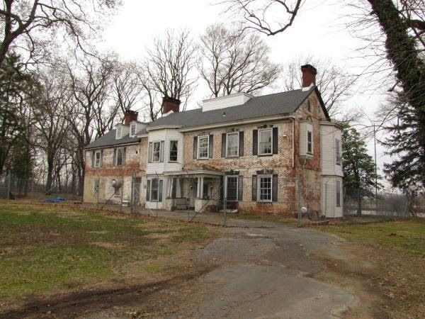 The Haunted History of White Hill Mansion, one of New Jersey's Most Paranormally-Active Properties