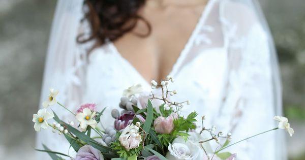 Romantic Wedding Inspiration with Vintage Boho Elegance