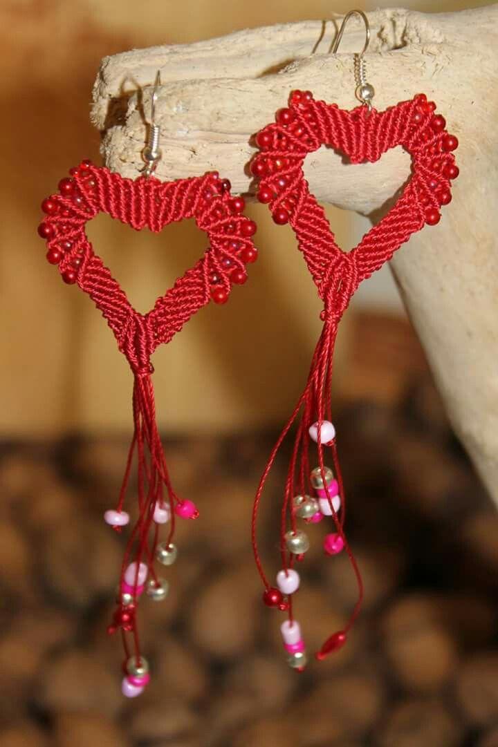 Macrame heart earrings