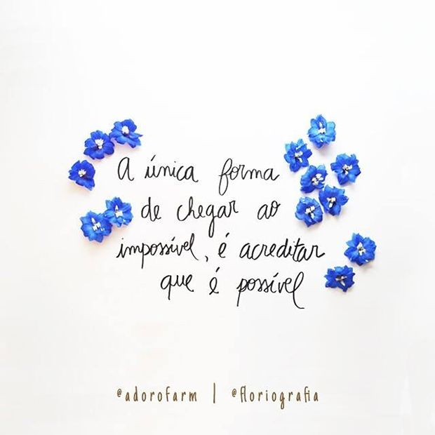 Floriografia é um projeto que une flores + palavras e traz frases motivacionais de livros e músicas no Instagram para nos inspirar. Conheça!