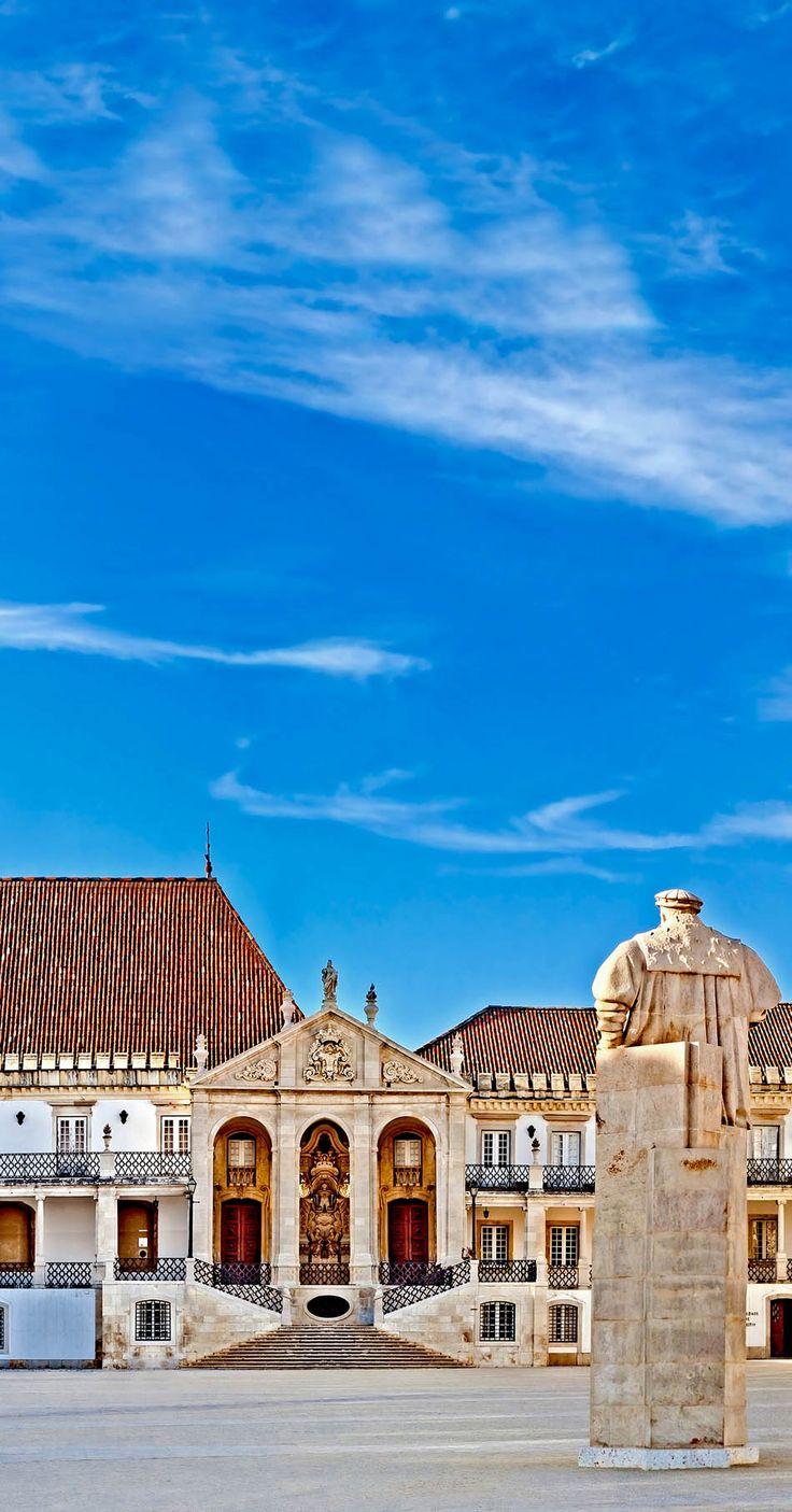 Universidade de Coimbra, uma das mais antigas do mundo ainda em actividade.