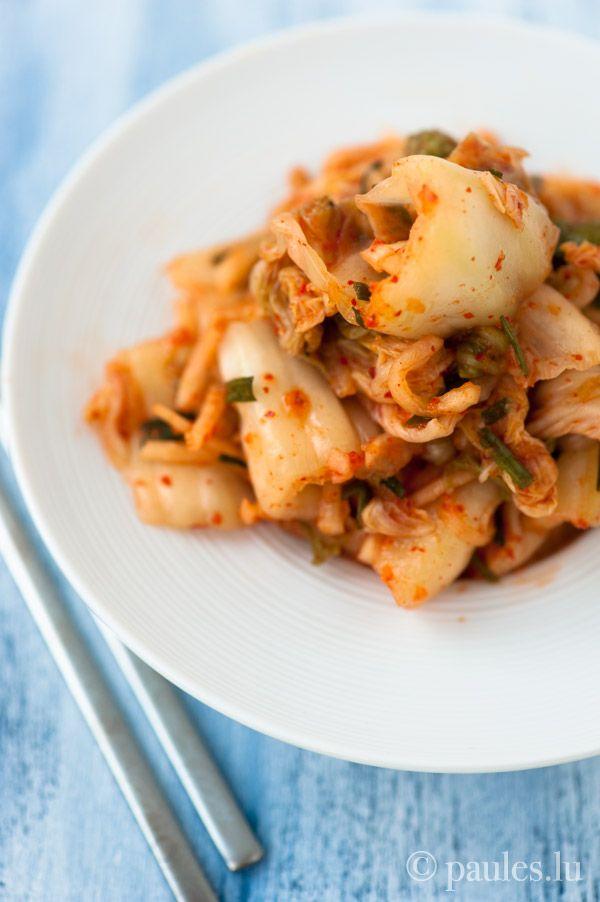 Scharf eingelegter Chinakohl Ich liebe nicht nur meinen Mann abgöttisch, sondern seit einigen Jahren auch koreanisches Essen. Zum Glück teilt Aleks diese Leidenschaft mit mir. Zu einer vollständige...