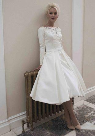 Hot SalesApplique A-Line Lace Vintage Tea Längd brudklänningar Kortärmade Bröllopsklänningar