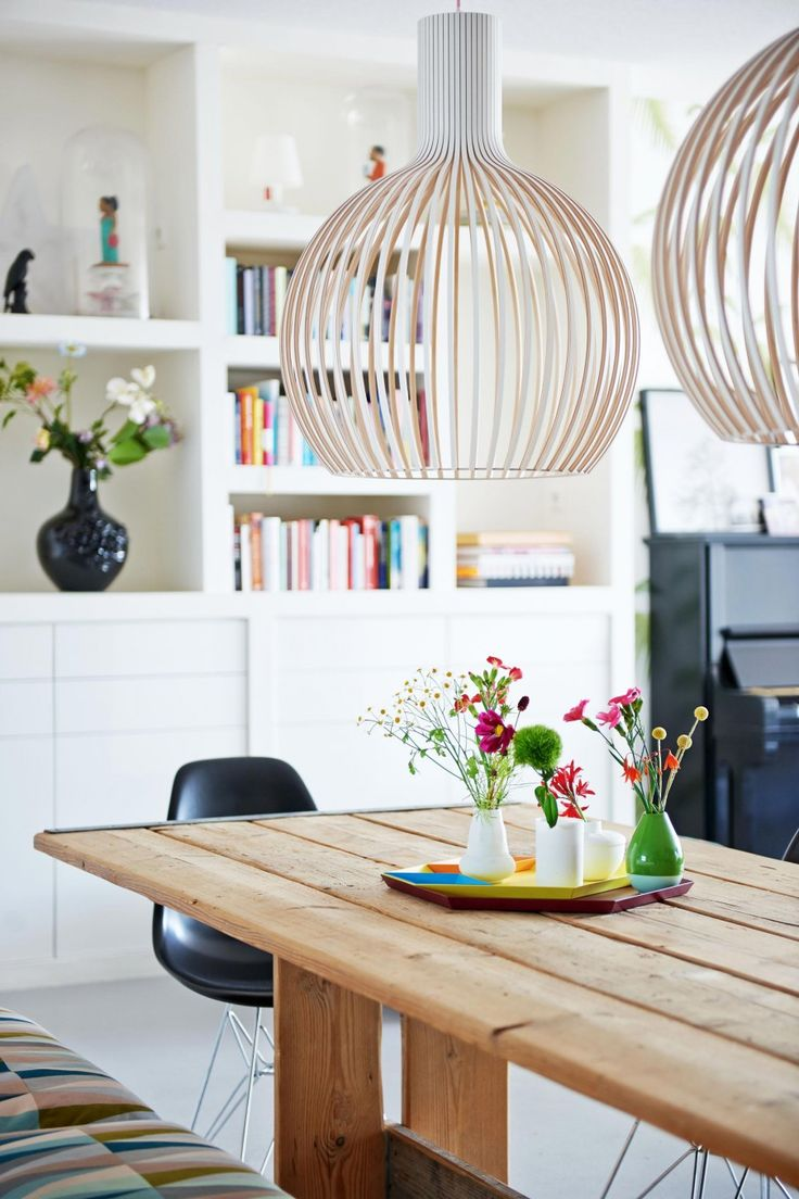 Wooden lamp | Styling Femke Dekker-ter Meulen | Photographer James Stokes | vtwonen August 2015