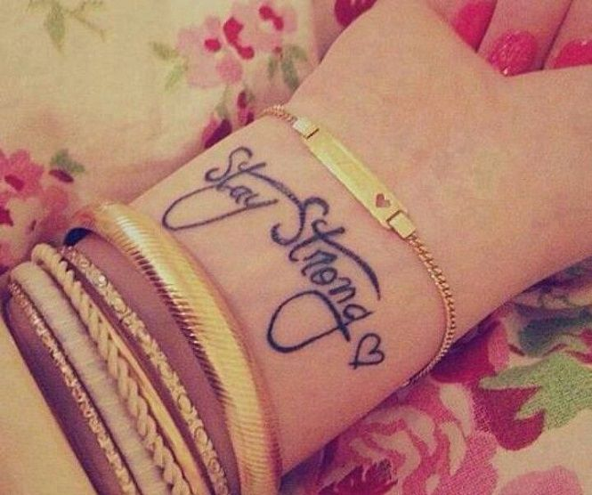 Tatuagens de Nomes - http://fotosdetatuagensfemininas.com/tatuagens-de-nomes/