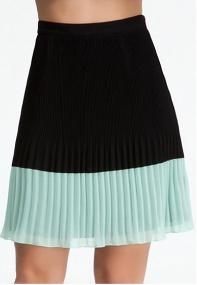 Contrast Pleated Skirt #bebe #summer #musthaves