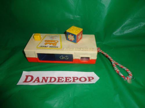 Vintage Fisher Price 1974 Pocket Camera #464 find me at www.dandeepop.com