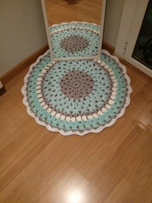 1000 images about crochet rug alfombras de trapillo en - Alfombras bano originales ...