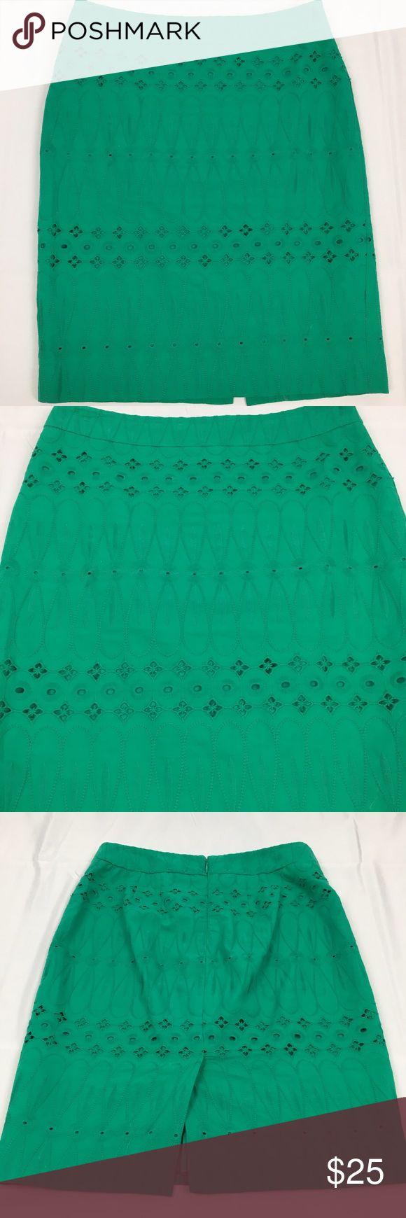 Loft Petite Green Crochet Detail Pencil Skirt Cute vibrant green Loft pencil skirt. Zip up back. Size 0 Petite. 27 inch waist. 19 inch length. Great condition. LOFT Skirts Pencil
