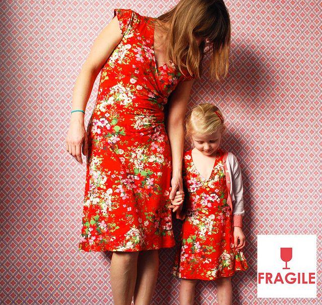 Fragile kleedjes voor groot en klein by Polkadotjes., via Flickr