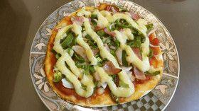 生地から手作り チーズなしマヨネーズピザ