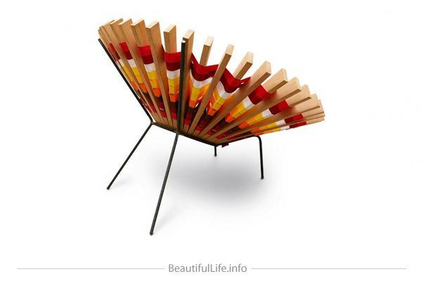 Maria Chair by Raul Herrera Téllez