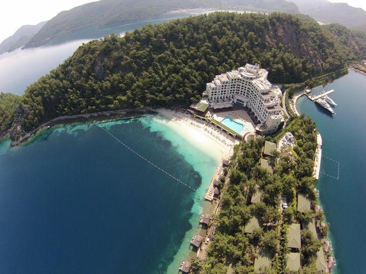 В отеле Angel's Marmaris к услугам гостей длинный участок собственного пляжа для женщин, крытый/открытый бассейны, различные спа-процедуры и роскошные...
