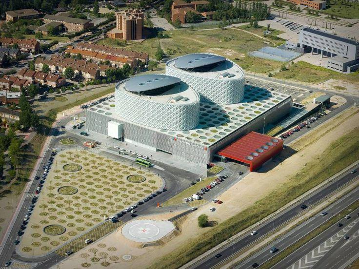 Rey Juan Carlos Hospital. Location: Móstoles, Spain; firm: Rafael de La-Hoz Arquitectos; year: 2012