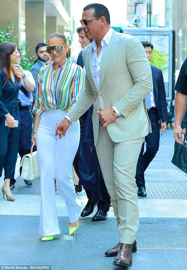 1341762038 Power couple  Later she was spotted out with dapper beau Alex Rodriguez