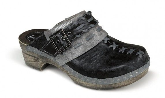 chodaki-damskie-mustang-shoes-28c075.jpg (572×340)