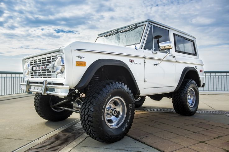 "Who wants to take her home? 1974 Classic Ford Bronco restoration w/ 5.0 EFI engine, Bushwacker flares, Clydesdale steering, power front disc brakes, rebuilt Jasper AOD transmission, 2 1/2"" Suspension lift with 33"" Procomp tires on new 10"" rims. Give us a call at 850-434-6769 or e-mail brandon@velocityrestorations.com to inquire more about this beautiful build. #velocityrestorations"