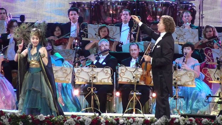 Mein Herr Marquis Maastricht 2012 Andre Rieu and sung by the soprano Car...