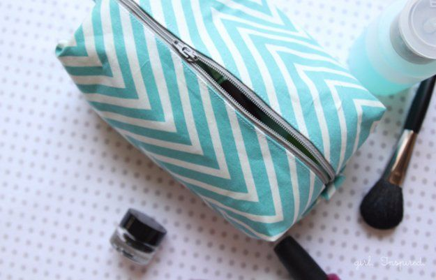 Crafts to Make and Sell - Cosmetic Bag Tutorial - Cool and Cheap Craft Projects and DIY Ideas for Teens and Adults to Make and Sell - Fun, Cool…