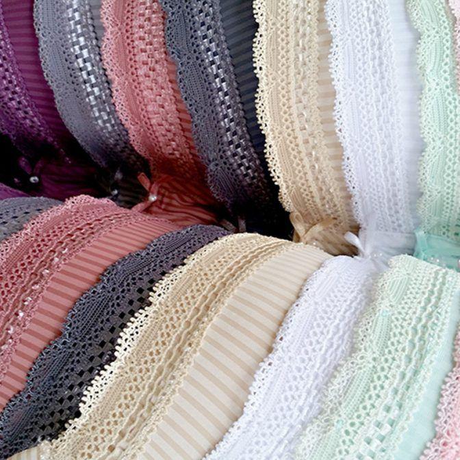 Trofé underkläder designar och säljer underkläder, badkläder och damkonfektion för kvinnan mitt i livet med smak för färg och form. Svensk design sedan 1960