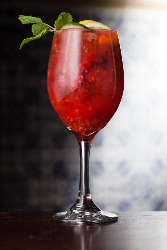 BEST Summer Sangria Recipe