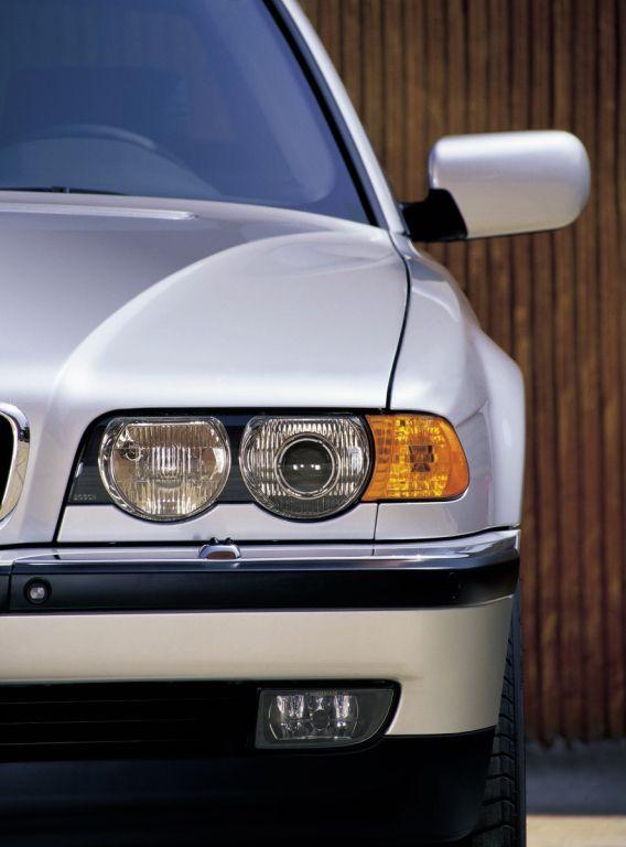 BMW 730d (E38) '1998–2001