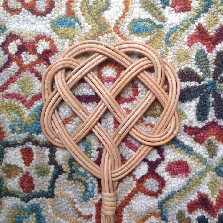 Antique French Rug Beater / Willow Carpet Beater Swatter / Rattan French  Country Rug Beater /