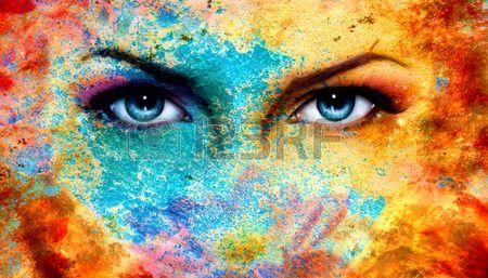 Dvojice krásné modré oči ženy zářil barevný efekt rzi malba koláž fialový make-up Reklamní fotografie