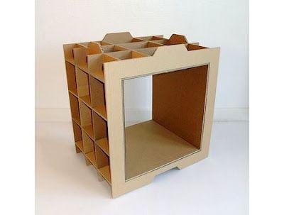 Carton estante