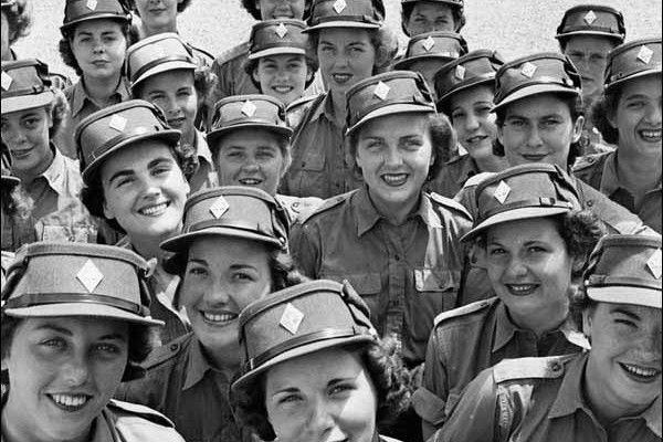 Une unité féminine d'élite – Le Québec et les guerres mondiales