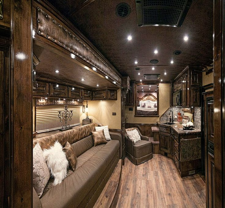 Awesome trailer horse trailer living quarters leather
