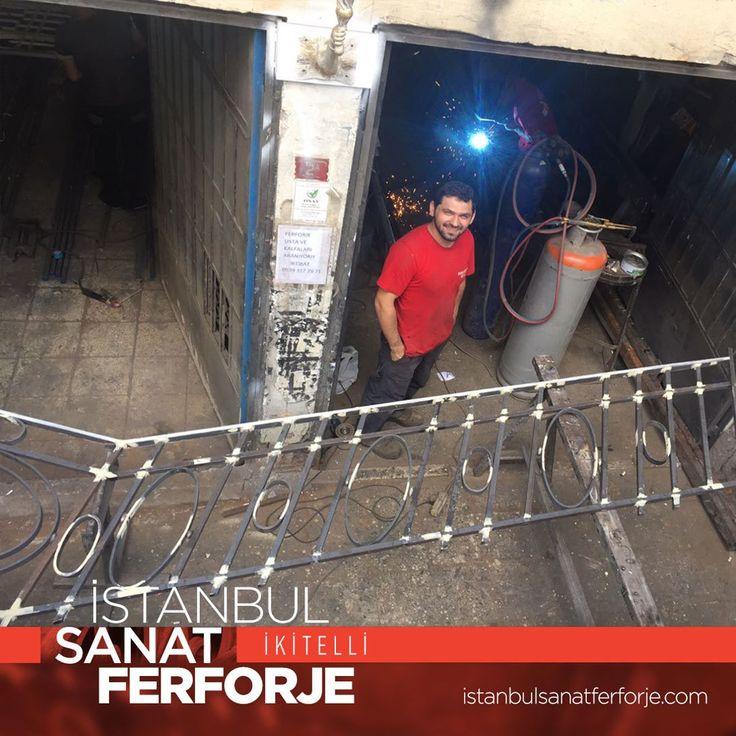 Huber Köşkü için restorasyon çalışmalarımız haricinde varolan Merdiven Korkulukları'nın devamını yeniden üretiyoruz. Proje kapsamında tüm çalışmalarımızı elimizden geldiğince sizlerle paylaşmaya devam edeceğiz. Bizi tüm sosyal medya kanallarından takip edebilir kişisel yada kurumsal projeleriniz için hemen iletişime geçebilirsiniz. Erol UÇAR - İstanbul Sanat Ferforje   istanbulsanatferforje.com #ferforje #istanbulsanatferforje #korkuluk #merdivenkorkuluğu #balkonkorkuluğu #ferforjekapı…