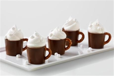 Jello Hot Cocoa Pudding Mugs.  Could there be a cuter dessert?