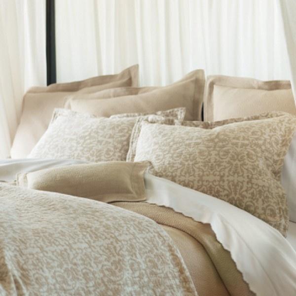 Francesca Duvet: Peacock Alley, Free Ships, Francesca Beds, Alley Francesca, Damasks Scrolls, Luxury Bed, Master Bedrooms, Beds Linens, Beds Collection
