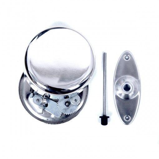 Mooie en zeer stijlvolle voordeurbel. Deze mechanische deurbel heeft een speciale uitstraling door de antieke afwerking met een oude look. Mooi aan de binnen- en mooi aan de buitenkant! De vernikkelde mechanische bel is voorzien van een roestvast stalen ellipsvormig rozet aan de buitenkant en wordt met een pin door de deur gemonteerd. De beltoon wordt geactiveerd wanneer de klepel tegen de metalen klankschaal slaat, die op zijn beurt volledig mechanisch (tandwieloverbrenging) wordt…