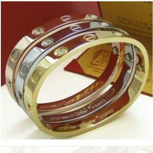Bracelet d amour de cartier juste magnifique le cadeau rêvé pour valentine's Day mais très très cher