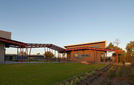 Roebourne Children and Family Centre / Iredale Pedersen Hook ...