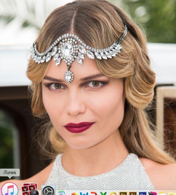 Natasha Poly in stunning emanuele bicocchi crystal tiara. How beautiful she is!! Happy birthday!  #natashapoly #natasha #poly #birthday #gatsbytheme #gatsby #dirtythirty