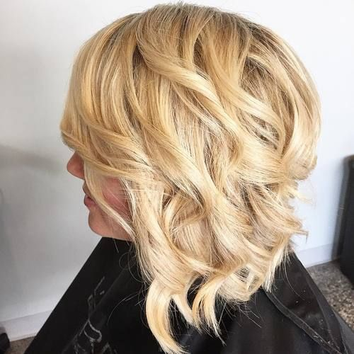haircut for hair with bangs 1000 ideas about wavy angled bob on graduated 3897