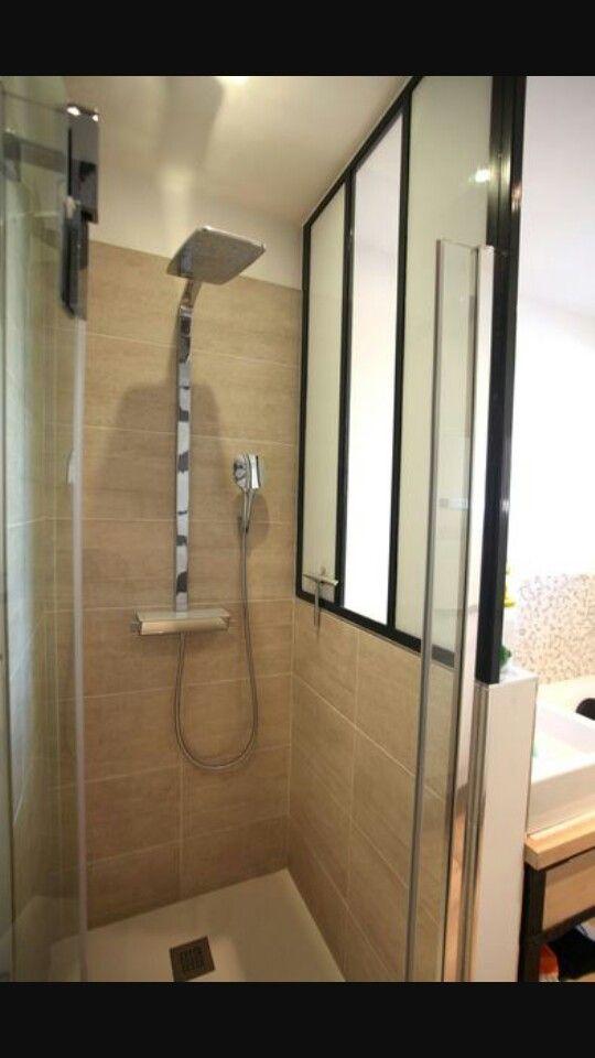 Douche avec verrière d'artiste