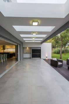 Continuidad con el parque - Casas - Revista Espacio&Confort - Arquitectura y Decoración