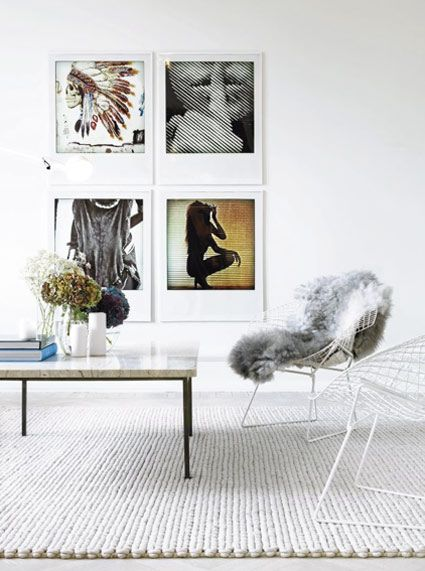 .: Wall Art, Living Rooms, Livingroom, Galleries Wall, Interiors Design, Apartment, Memorial Tables, White Interiors, Photo