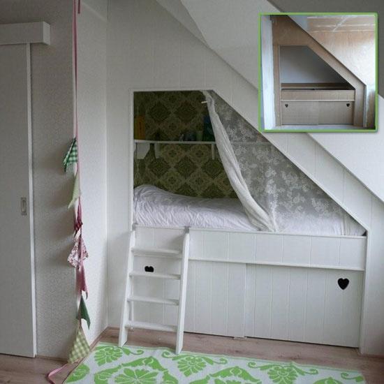 Bedstee nr 2 - dit idee is nog beter, maar dan met planken/open ruimte ...
