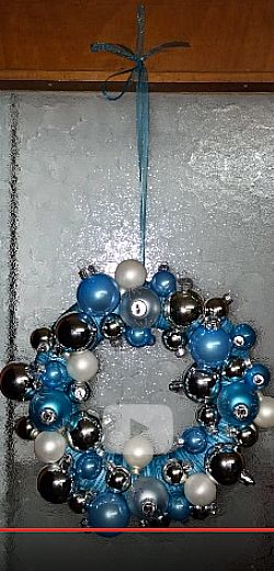 Jolies couronnes simples à faire. http://rienquedugratuit.ca/videos/jolies-couronnes-simples-a-faire/