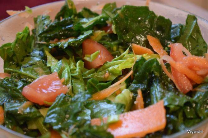 7 salate vegane delicioase. Cate una pentru fiecare zi din saptamana – Retete vegane simple si delicioase